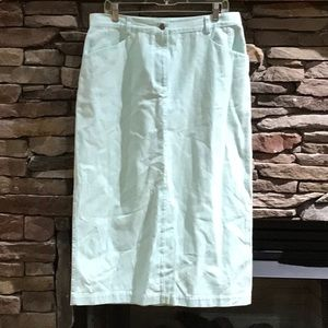 Mint 👗 denim skirt EXCELLENT condition